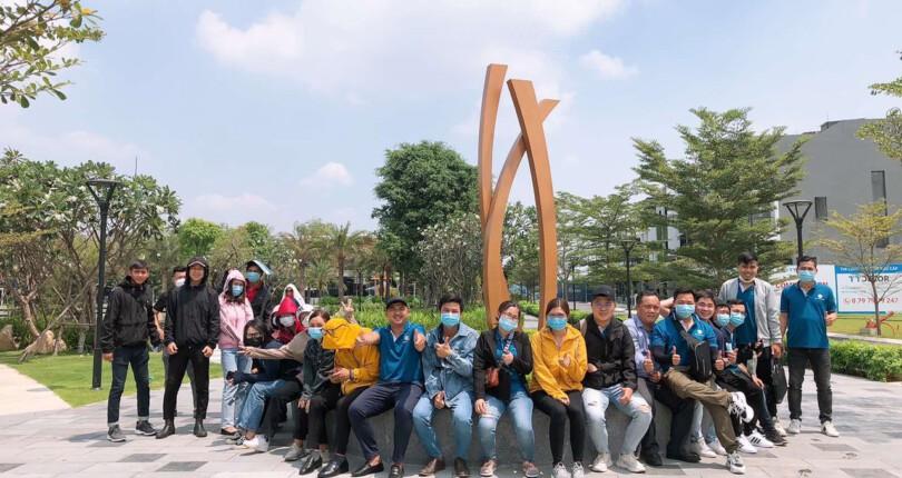 Gia đình SG Holdings cùng nhau dạo quanh thị trường các dự án công ty đang triển khai