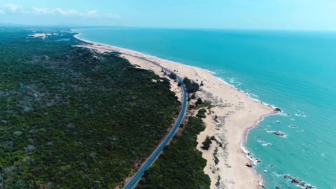 Tuyến đường ven biển Long Hải – Bình Châu – La Gi – Mũi Né là cung đường biển dài nhất Việt Nam